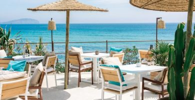 Cómo decorar un restaurante en la playa